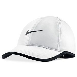 White Aerobill Nike tennis hat